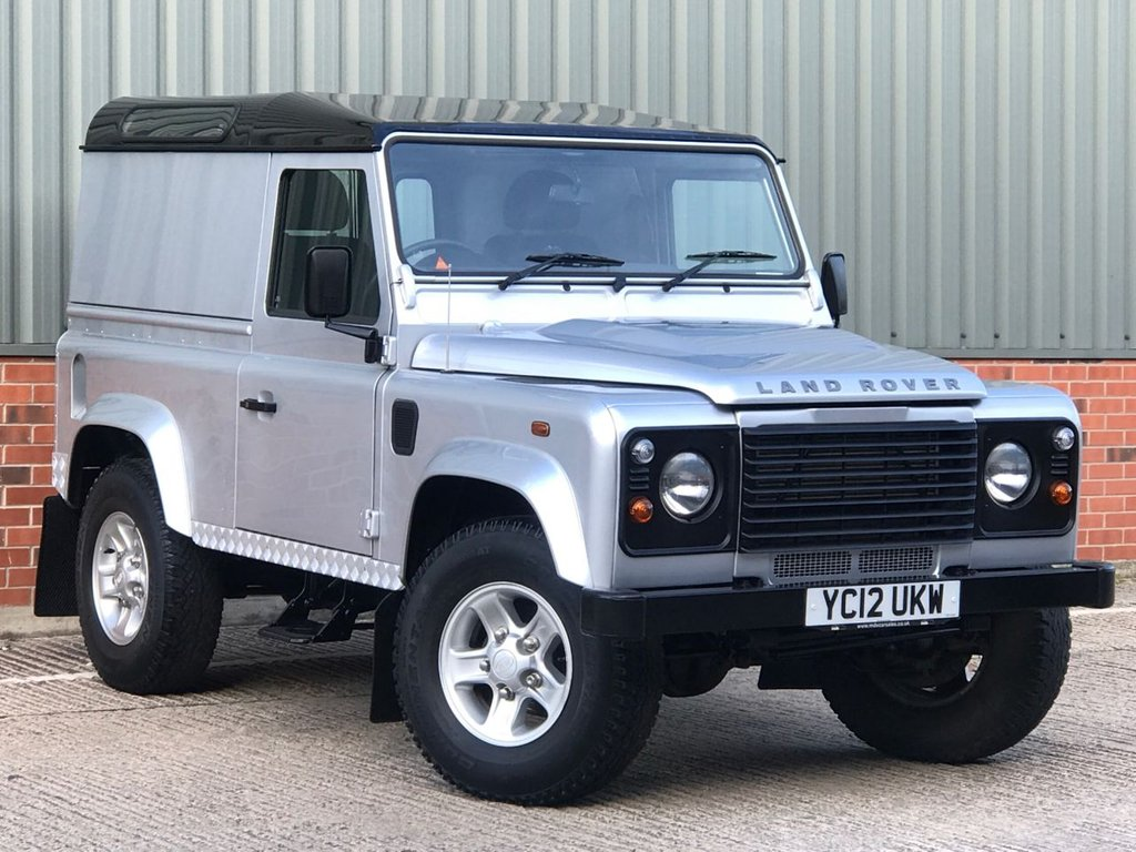 USED 2012 12 LAND ROVER DEFENDER 90 2.2 TD HARD TOP 122 BHP EXCELLENT CONDITION