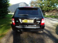 USED 2009 09 LAND ROVER RANGE ROVER SPORT 2.7 TDV6 SPORT HSE 5d AUTO 188 BHP DIGITAL TV. SUNROOF. FRIDGE. SAT NAV. FANTASTIC EXAMPLE. EXCELLENT SERVICE HISTORY INCLUDING RECENT TIMING BELT AND 4  AS NEW TYRES.