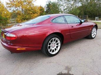 2000 JAGUAR XK8 4.0 XKR 2d 370 BHP £5495.00
