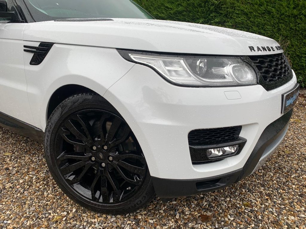 USED 2015 15 LAND ROVER RANGE ROVER SPORT 3.0 SDV6 HSE 5d AUTO 288 BHP