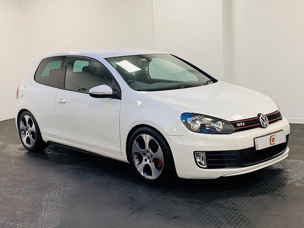 USED 2010 10 VOLKSWAGEN GOLF 2.0 GTI 3d 210 BHP LOW MILES + SERVICE HISTORY + IMMACULATE WHEELS + FINANCE ?