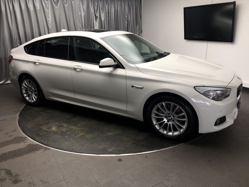 USED 2013 13 BMW 5 SERIES 2.0 520D M SPORT GRAN TURISMO 5d AUTO 181 BHP FREE UK DELIVERY, AUX INPUT, BLUETOOTH CONNECTIVITY, BMW CONNECTED DRIVE ONLINE, CLIMATE CONTROL, CRUISE CONTROL. DAB RADIO, DRIVE PERFORMANCE CONTROL, ELECTRONIC PARKING BRAKE WITH AUTO HOLD, HEATED SEATS, PARKING SENSORS, PANORAMIC SUNROOF, SATELLITE NAVIGATION, START/STOP SYSTEM, STEERING WHEEL CONTROLS, TRIP COMPUTER