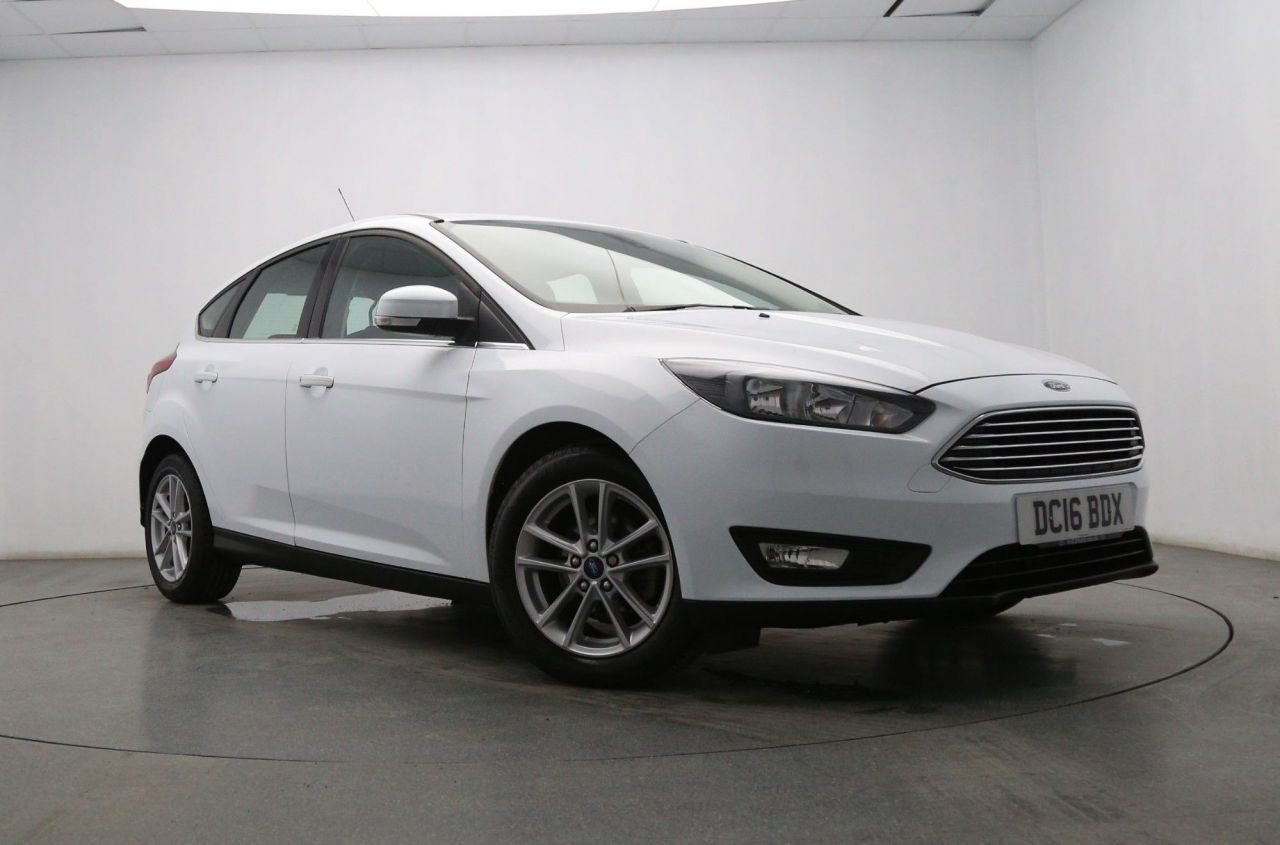 USED 2016 16 FORD FOCUS 1.5 ZETEC TDCI 5d 118 BHP Bluetooth- DAB Radio