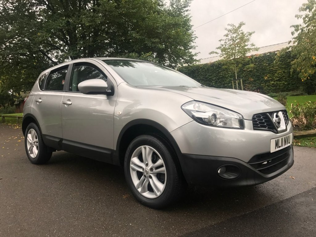 USED 2011 11 NISSAN QASHQAI 1.6 ACENTA 5d 117 BHP 30000 Miles With Full Service History.