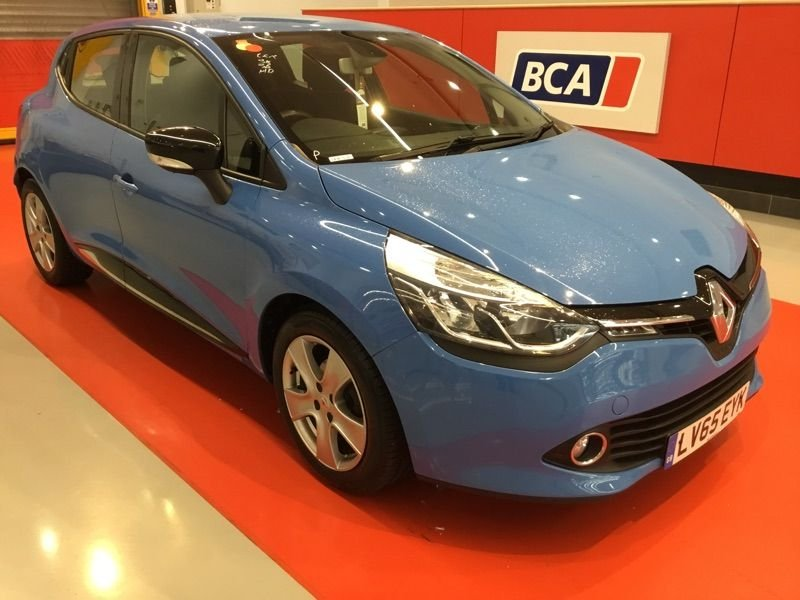 USED 2015 65 RENAULT CLIO 1.5 DYNAMIQUE NAV DCI 5d 89 BHP +ONE OWNER +LOW TAX +SAT NAV.