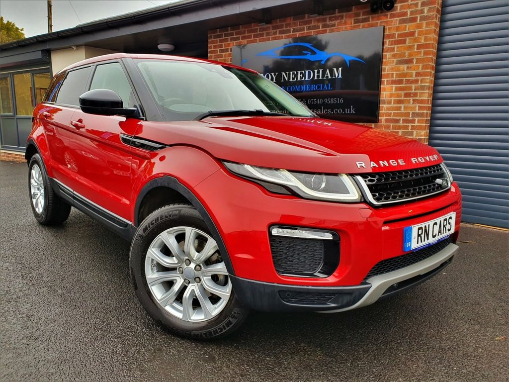 USED 2016 16 LAND ROVER RANGE ROVER EVOQUE 2.0 TD4 SE TECH 5DR AUTO 177 BHP *** GREAT SPECIFICATION - NAV - REV CAM ***