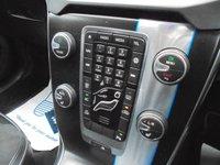 USED 2015 65 VOLVO V40 2.0 T2 R-DESIGN NAV 5d 120 BHP