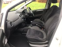 USED 2013 63 FIAT PUNTO 1.2 8V Easy 5dr 2 Owners ! F/S/H ! 64 MPG !