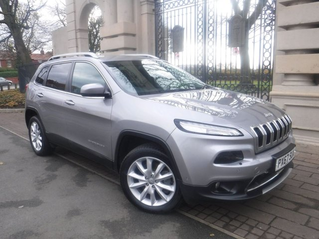 USED 2017 67 JEEP CHEROKEE 2.0 M-JET LIMITED 5d 138 BHP 4X4 *FINANCE ARRANGED*PART EXCHANGE WELCOME*LEATHER*ELECTRIC SEATS*CAMERA*SAT NAV*6 SPEED*