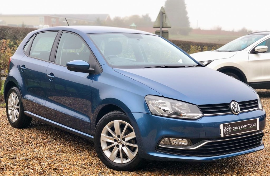 USED 2015 15 VOLKSWAGEN POLO 1.2 SE TSI 5d 89 BHP **1 OWNER, FULL VW HISTORY AND LOW MILEAGE**