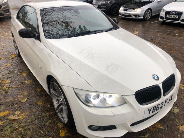 USED 2012 62 BMW 3 SERIES 3.0 330I SPORT PLUS EDITION 2d AUTO 269 BHP CONVERTIBLE SIMPLY STUNNING , PERECT SPEC EXAMPLE IN A PREMIUM COLOUR WITH FULL DOCUMENTED SERVICE HISTORY UP TO OCTOBER 2019 , FULL RED LEATHER INTERIOR IN VERY GOOD CONDITION . AUTO GEARBOX. ALLOY WHEELS. PARKING SENSORS. HEATED SEATS. CRUISE CONTROL. CLIMATE CONTROL. AIR CON , 2 X KEYS.