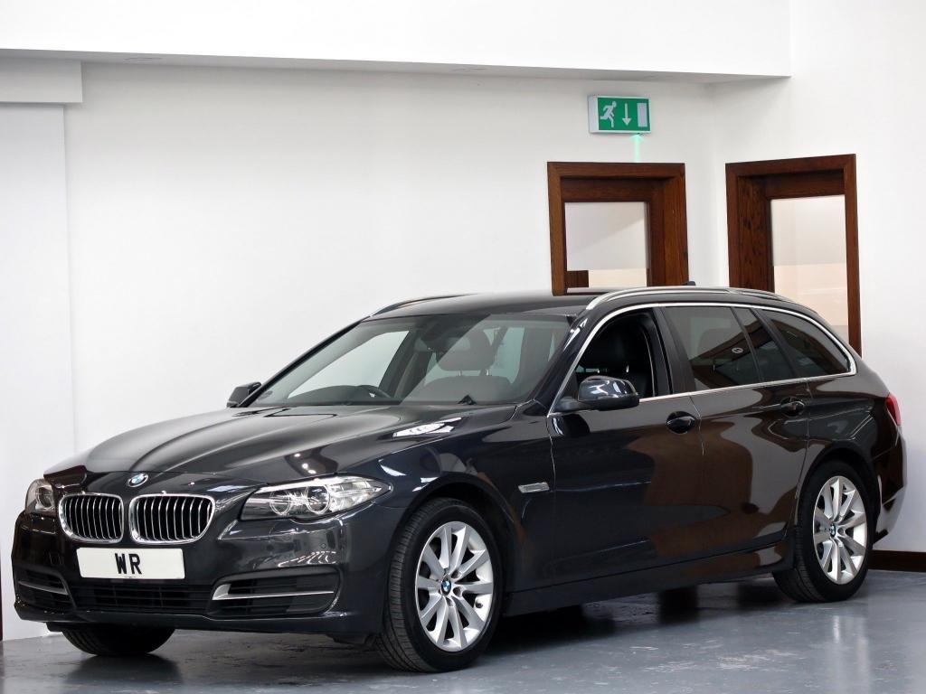 USED 2015 15 BMW 5 SERIES 2.0 520d SE Touring 5dr SAT NAV + SPORT G/BOX + LEATHR