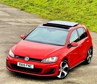 USED 2015 15 VOLKSWAGEN GOLF 2.0 TSI BlueMotion Tech GTI (Performance pack) (s/s) 5dr SAT NAV! P/ ROOF! 1 OWNER!
