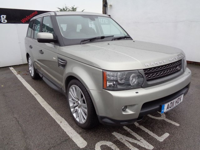 USED 2011 11 LAND ROVER RANGE ROVER SPORT 3.0 TDV6 HSE 5d AUTO 245 BHP 4X4 AWD 4WD Climate Control Parking Sensors Satalite Navigation Full Leather Trim 20 Inc Alloy Wheels