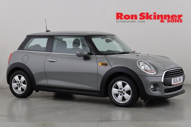 View our 2016 16 MINI HATCH ONE 1.5 ONE D 3d 94 BHP