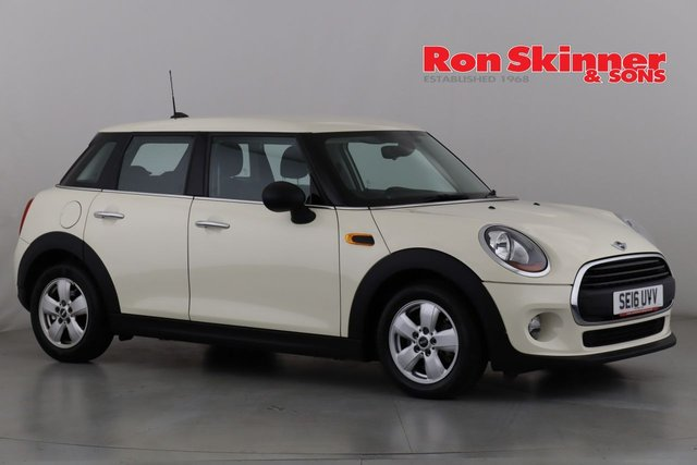 View our 2016 16 MINI HATCH ONE 1.5 ONE D 5d 94 BHP