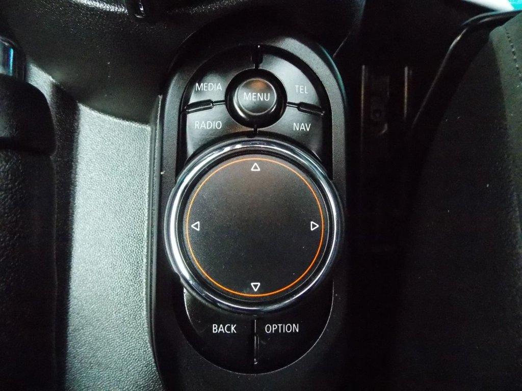 USED 2017 17 MINI HATCH COOPER 2.0 COOPER S 3d 189 BHP