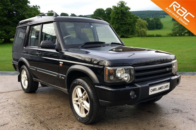 View our LAND ROVER DISCOVERY V8i