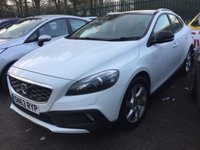 USED 2013 63 VOLVO V40 2.0 D3 CROSS COUNTRY LUX 5d 148 BHP BLACK ROOF LEATHER FSH PANORAMIC SUNROOF.. STUNNING WHITE WITH BLACK LEATHER TRIM. HEATED SEATS. CRUISE CONTROL. 17 INCH ALLOYS. COLOUR CODED TRIMS. PARKING SENSORS. BLUETOOTH PREP. CLIMATE CONTROL. 6 SPEED MANUAL. MFSW. MOT 08/20. SERVICE HISTORY. PRESTIGE SUV CENTRE LS23 7FR TEL 01937 849492 OPTION 1