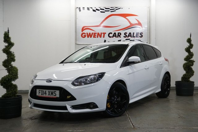 USED 2014 14 FORD FOCUS 2.0 ST-2 5d 247 BHP SUPERB DRIVE, LOW MILES, CLEAN, LONG MOT