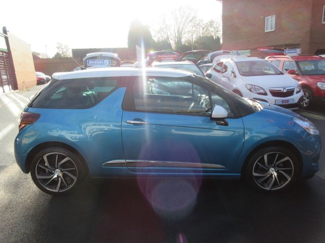 USED 2016 65 DS DS 3 1.2 PURETECH DSTYLE NAV S/S 3d 109 BHP **BUY NOW PAY NEXT YEAR**