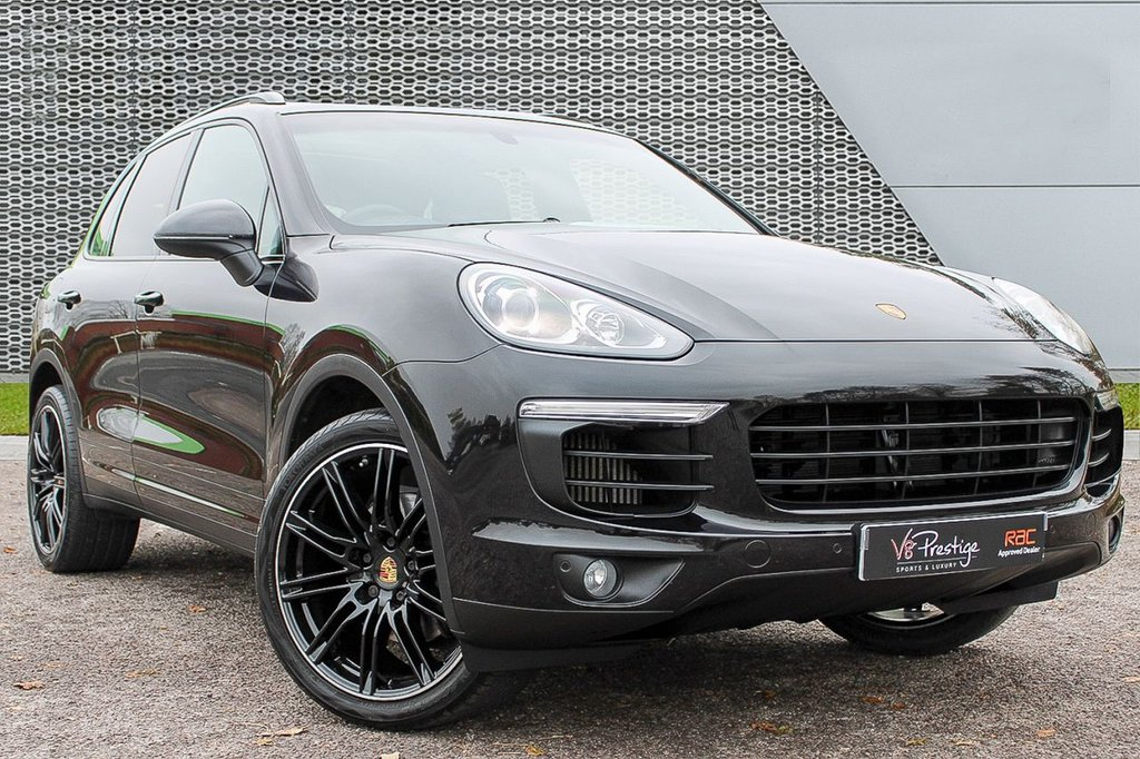 USED 2016 16 PORSCHE CAYENNE 3.0 D V6 TIPTRONIC S 5d 262 BHP *PAN ROOF/REAR ENTERTAINMENT*