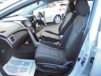 USED 2015 15 HYUNDAI I30 1.6 CRDI SE BLUE DRIVE 5d 109 BHP