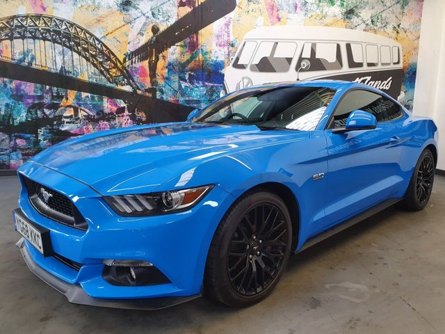 USED 2018 68 FORD MUSTANG  GT 2d Shadow Edition 416 BHP