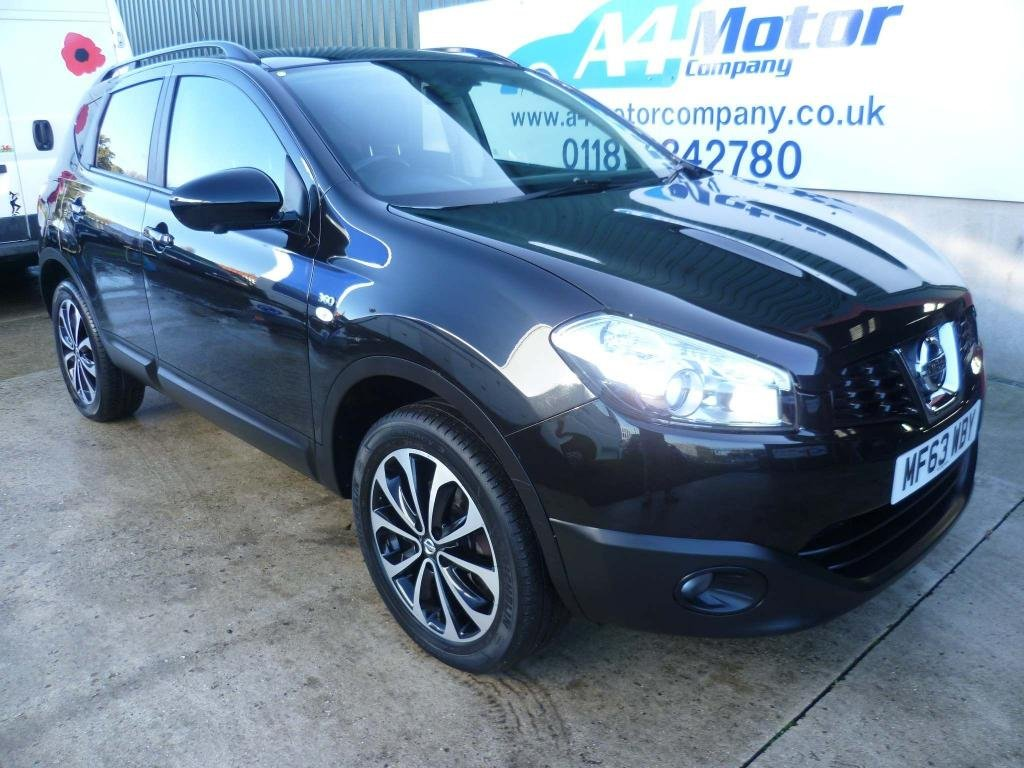 USED 2013 63 NISSAN QASHQAI 1.6 360 5dr NISSAN SERVICE - LOW MILEAGE!