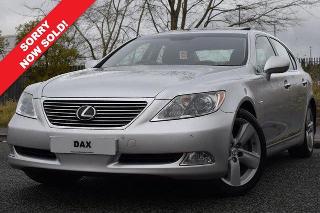 2009 59 LEXUS LS 4.6 460 SE-L 4d 376 BHP