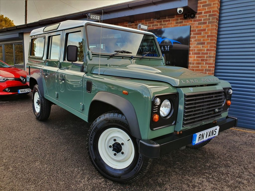 USED 2013 63 LAND ROVER DEFENDER 110 2.2 STATION WAGON 5DR DIESEL *** AIR CON - TOW BAR - VERY CLEAN ***
