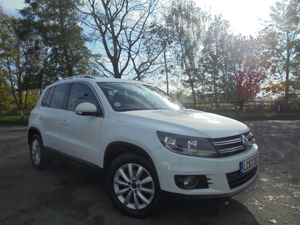 USED 2013 63 VOLKSWAGEN TIGUAN 2.0 MATCH TDI BLUEMOTION TECHNOLOGY 4MOTION 5d 139 BHP