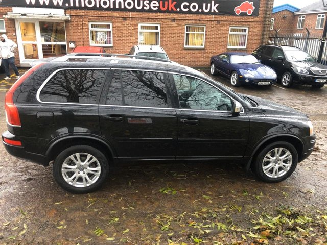 USED 2013 13 VOLVO XC90 2.4 D5 SE LUX AWD 5d 200 BHP 7 SEATER DIESEL VERY CLEAN WELL MAINTAINED EXAMPLE IN A GREAT COLOUR. FULL BLACK LEATHER INTERIOR. ALLOYS WHEELS. HEATED SEATS. CRUISE CONTROL. CLIMATE CONTROL. AIR CON. SAT NAV. AUX/USB