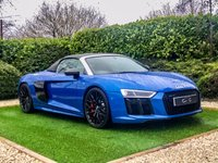 USED 2017 17 AUDI R8 5.2 SPYDER V10 QUATTRO 2d 540 BHP Finished in Ara Blue Crystal Effect this Magnificent Audi R8 Spyder V10 Plus is a Truly Quick Car. Faster, More Powerful, Lighter and Much More Refined than its Predecessors, the latest model is now Fitted with Audi's Superb Virtual Cockpit which Animates a Wealth of Information Right Before your Eyes, Showing Satellite Navigation, Revs and Dynamic Modes to name but a few. The High Performance Cockpit is a Special Place to be and is Loaded with Fine Specification