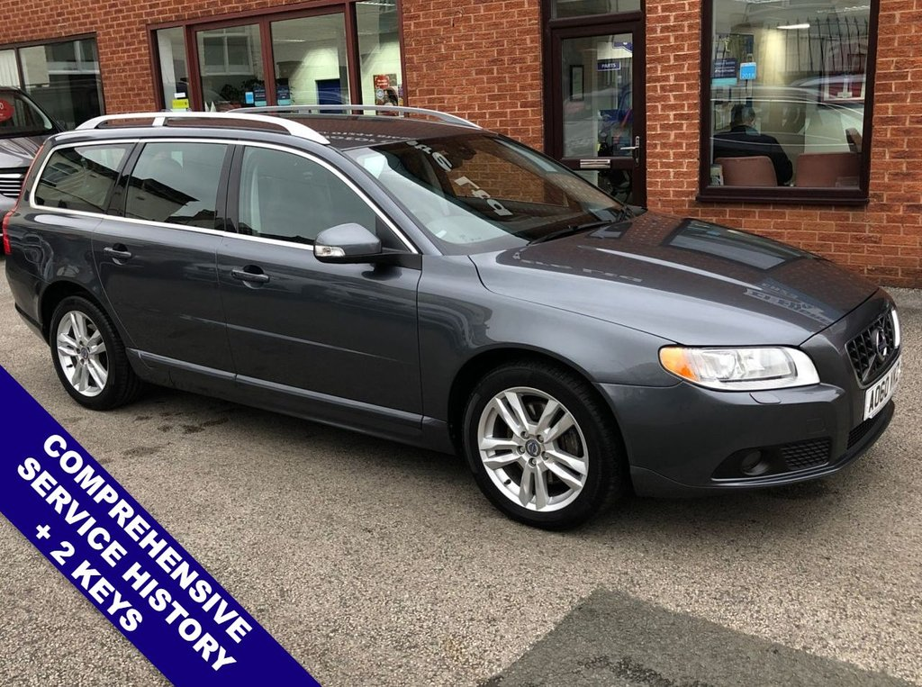 """USED 2010 60 VOLVO V70 D5 SE LUX DAB   :   Sat Nav   :   USB & AUX   :   Cruise Control   :   Phone Bluetooth Connectivity      Climate Control / Air Conditioning      :      Heated Front Seats      :      Electric Driver Seat      Rear Parking Sensors   :   17"""" Alloy Wheels   :   2 Keys   :   Comprehensive Service History"""