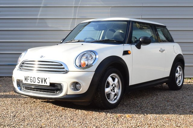 USED 2010 60 MINI HATCH ONE 1.6 ONE 3d 98 BHP 2 Owners ONLY 14,500miles