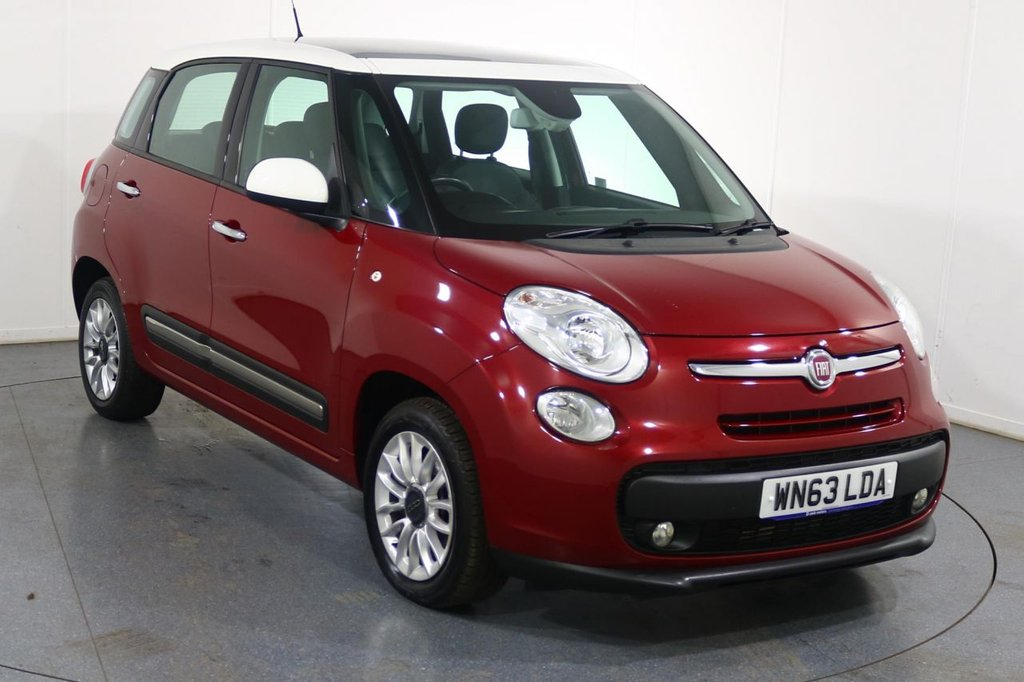 USED 2013 63 FIAT 500L 1.2 MULTIJET LOUNGE 5d 85 BHP Company and ONE OWNER with 6 Stamp SERVICE HISTORY