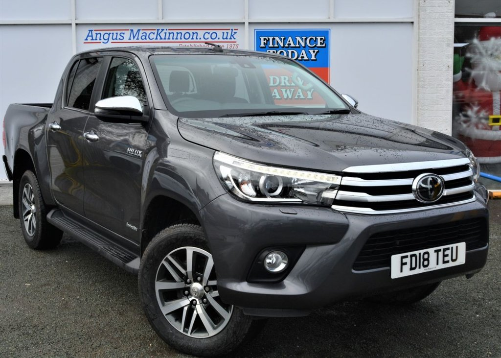 USED 2018 18 TOYOTA HI-LUX 2.4 INVINCIBLE 4WD D-4D DCB 148 BHP ** LOW MILEAGE**