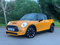 USED 2015 15 MINI HATCH COOPER 2.0 COOPER S 5d 189 BHP ONE OWNER 5 DOOR COOPER S WITH FSH ORANGE BLACK LEATHER SPORTS SEATS PARK DISTANCE
