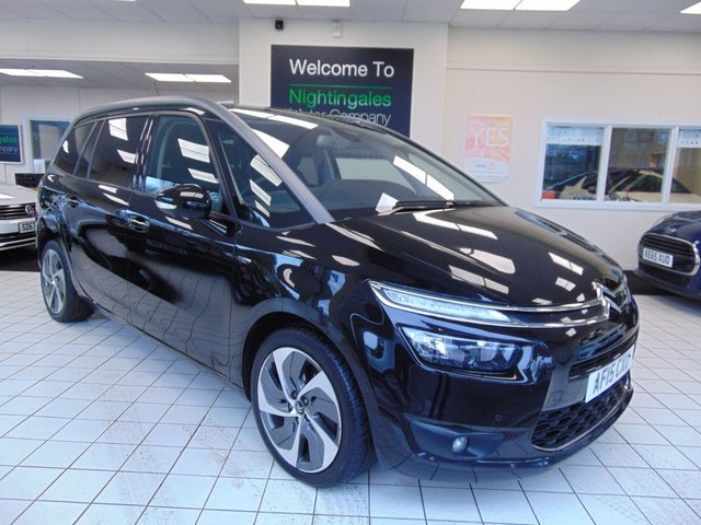 """USED 2015 15 CITROEN C4 GRAND PICASSO 2.0 BLUEHDI EXCLUSIVE PLUS 5d 148 BHP 12 MONTHS MOT + SERVICE HISTORY + SATELLITE CONTROL + BLUETOOTH + CRUISE CONTROL + DUEL AIR CONDITIONING + 17"""" ALLOYS + FM RADIO + PRIVACY GLASS + 7"""" SCREEN + REVERSING CAMERA + FRONT PARKING SENSORS +  HEIGHT ADJUSTABLE DRIVERS SEAT"""