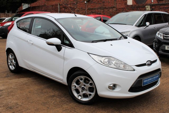 USED 2012 62 FORD FIESTA 1.2 ZETEC 3d 81 BHP **** BLUETOOTH * AIR CON *  GREAT SERVICE HISTORY * 2 OWNERS ****