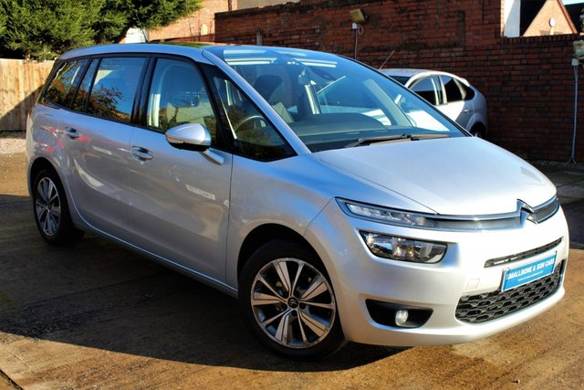 USED 2016 16 CITROEN C4 GRAND PICASSO 1.6 BLUEHDI SELECTION 5d 118 BHP 7 SEATER **** 7 SEATER * FULL SERVICE HISTORY * £20 ROAD TAX * 70.6 MPG * PAN ROOF * PARKING SENSORS ( REAR ) ****