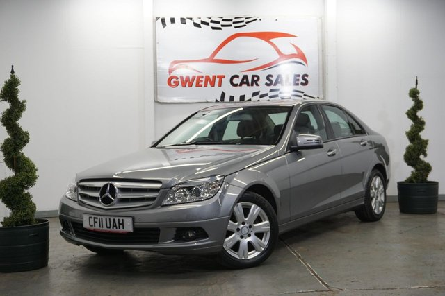 USED 2011 11 MERCEDES-BENZ C CLASS 1.8 C180 CGI BLUEEFFICIENCY EXECUTIVE SE 4d 156 BHP BLUETOOTH, SAT NAV, LEATHER