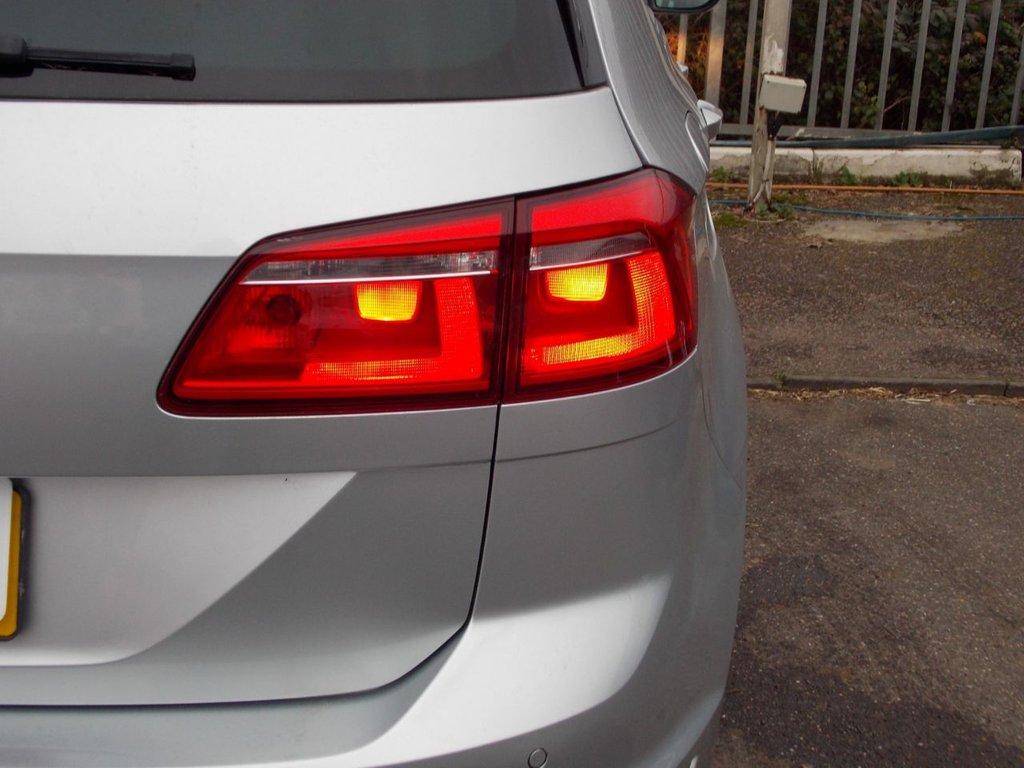 USED 2015 65 VOLKSWAGEN GOLF SV 2.0 GT TDI DSG 5d 148 BHP