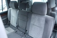 USED 2006 06 TOYOTA LAND CRUISER 3.0 LC3 8-SEATS D-4D 5d 164 BHP