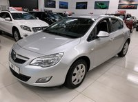 USED 2010 10 VAUXHALL ASTRA 1.4 EXCLUSIV 5d 98 BHP
