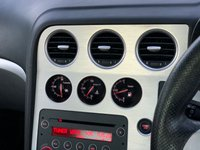 USED 2007 57 ALFA ROMEO SPIDER 2.4 JTDM 2d 200 BHP