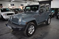 USED 2014 14 JEEP WRANGLER 2.8 CRD OVERLAND 2d 197 BHP ONE PREVIOUS KEEPER - 4 JEEP SERVICE STAMPS TO 46K - RARE OVERLAND SPEC - STUNNING IN ANVIL GREY - NAV - LEATHER - REVERSE CAMERA - REMOVABLE HARDTOP
