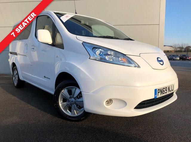 View our NISSAN eNV200 EVALIA