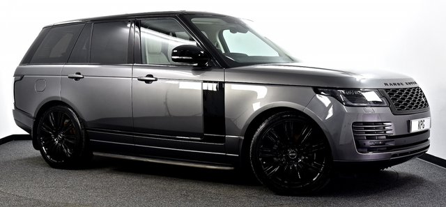 """USED 2019 19 LAND ROVER RANGE ROVER 3.0 SD V6 Vogue Auto 4WD (s/s) 5dr Black Pack, Pan Roof, 22""""s ++"""